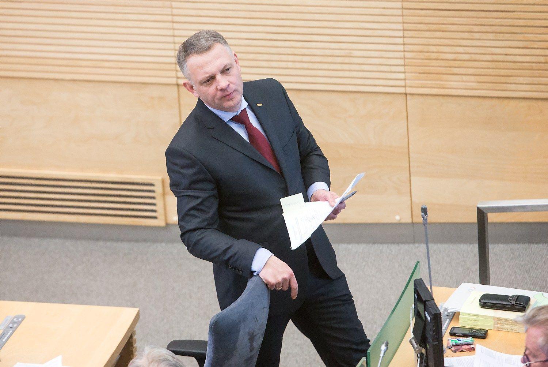Eligijus Masiulis netenka Seimo nario mandato ir neliečiamybės