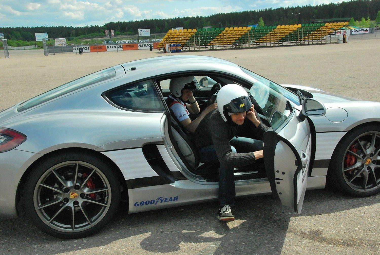 Kaip i�laikyti bried�io test� � paai�k�s su �Porsche�
