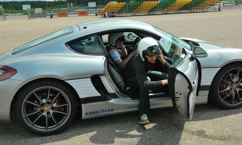 """Veiklą pradėjo nauja """"Porsche vairavimo akademija"""". Indrės Sesartės (VŽ) nuotr."""