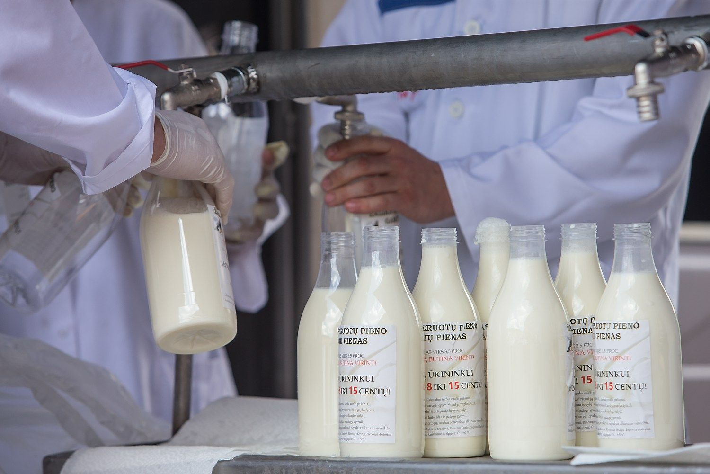 Iš EKprašoma tikslinės paramos pieno gamintojams