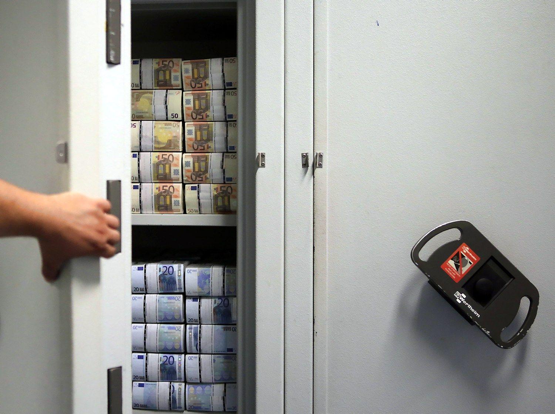 Bankai skelbia vartojimo kredit� �uol�