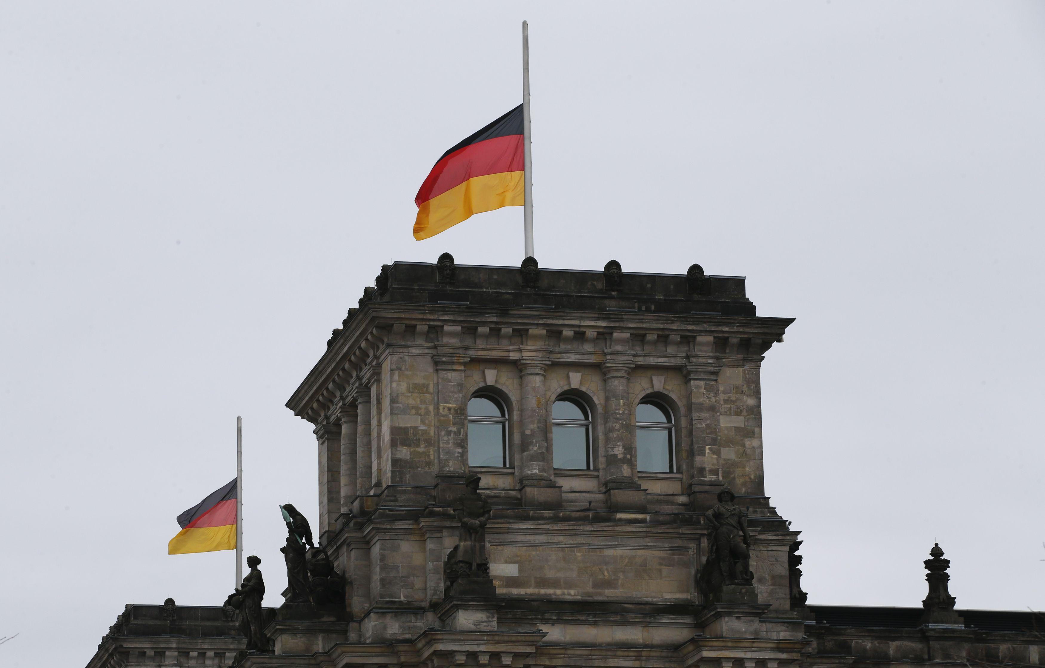 Vokietijos investuotoj� pasitik�jimas smuko