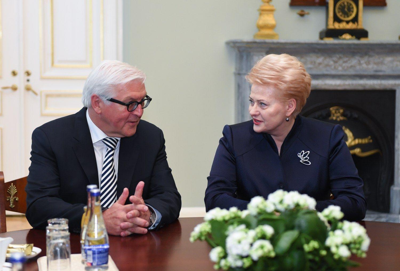 Vokiečių ministras: nėra pagrindo atšaukti sankcijas Rusijai