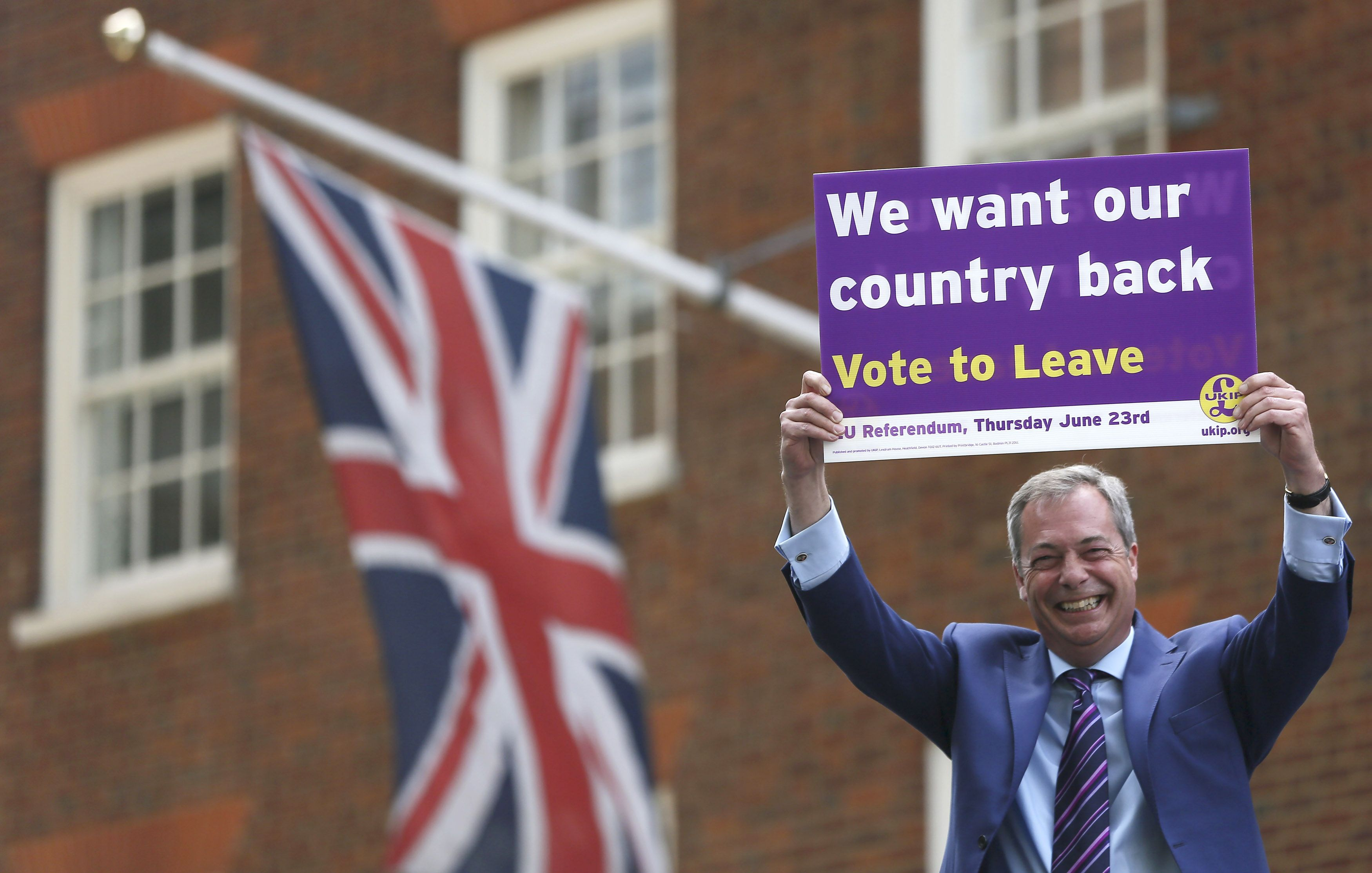 Piet�s su FT: �Brexit� �auklys Nigelas Farage�as