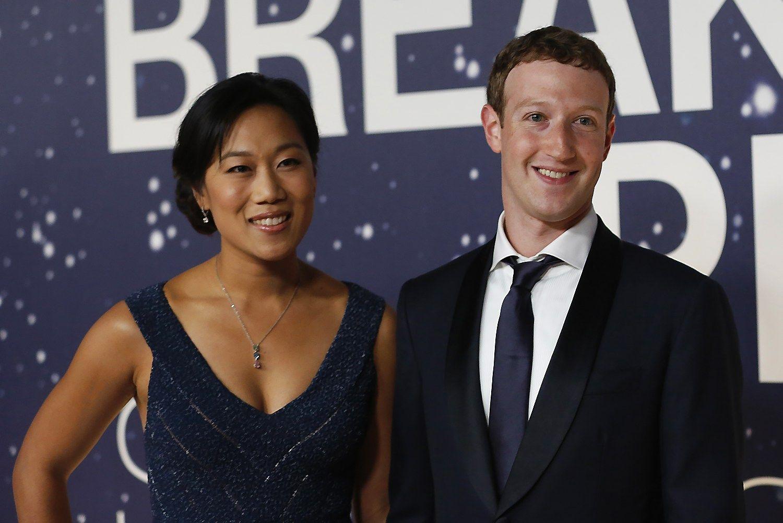 �Facebook� �k�r�jas nori nugriauti keturis kaimyninius namus su vaizdu � jo kiem�
