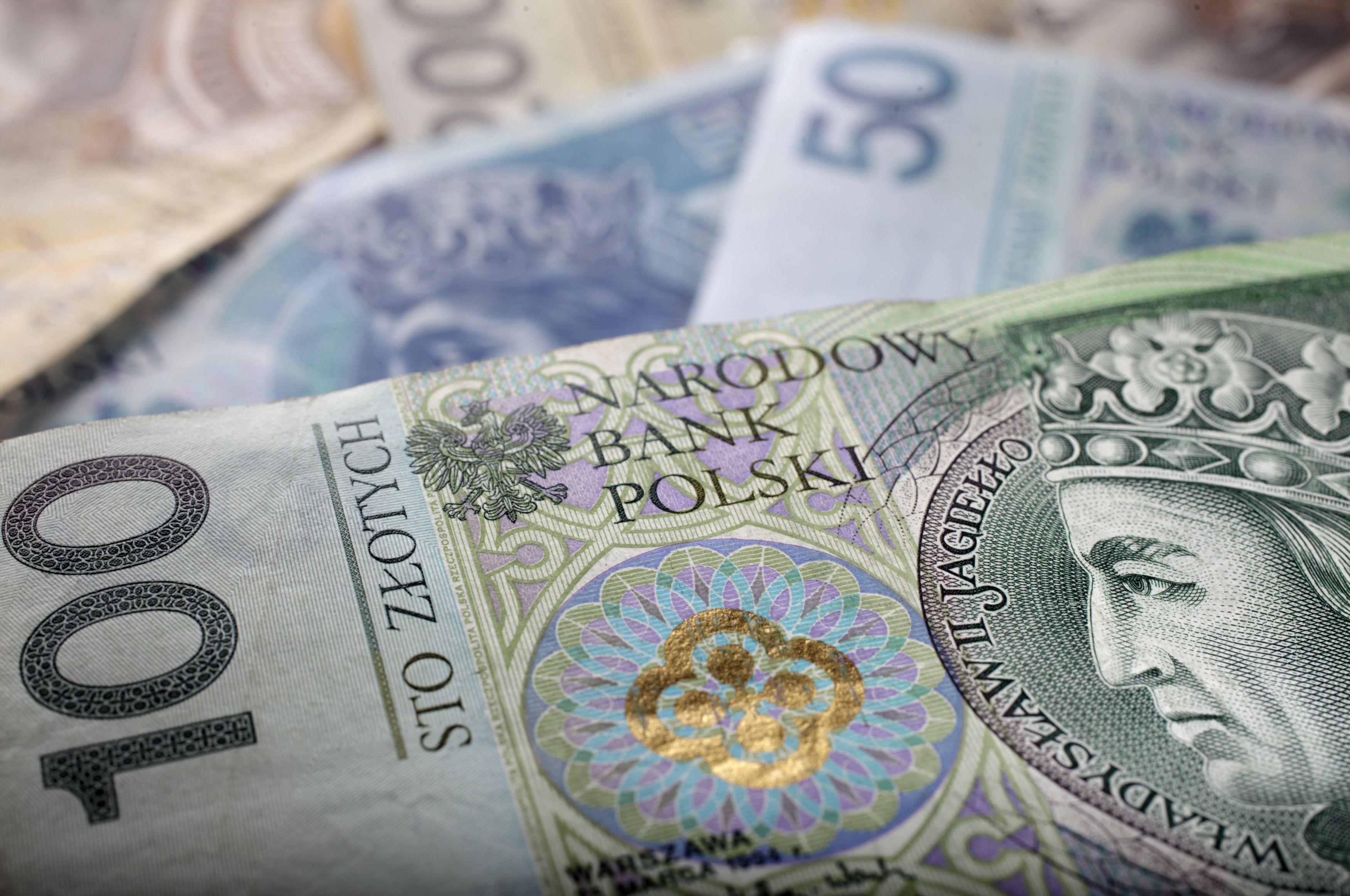 Lenkijos ma�meninkai ruo�iasi naujam mokes�iui