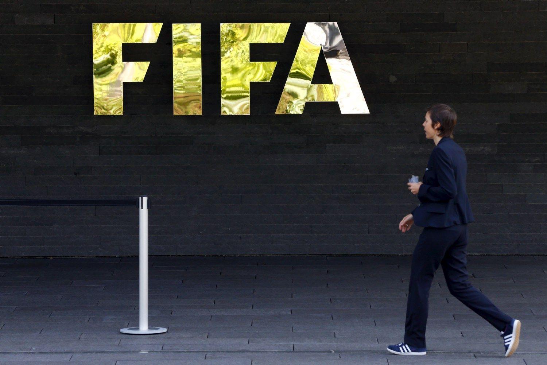 FIFA vadovai įtariami nelegaliai išsimokėję 80 mln. USD