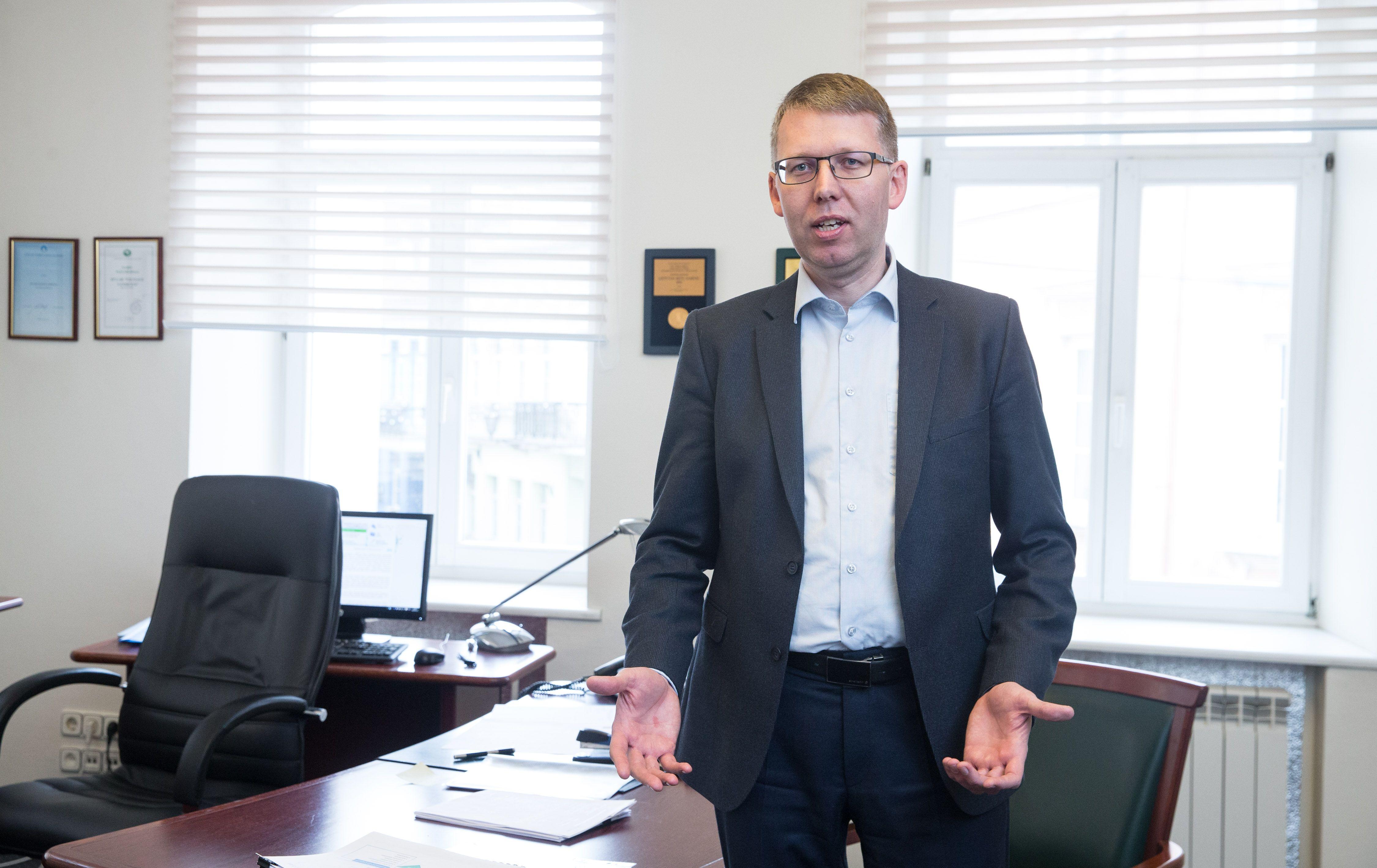 """""""Vilniaus vandenis"""" vaduoja iš tėvonijų"""
