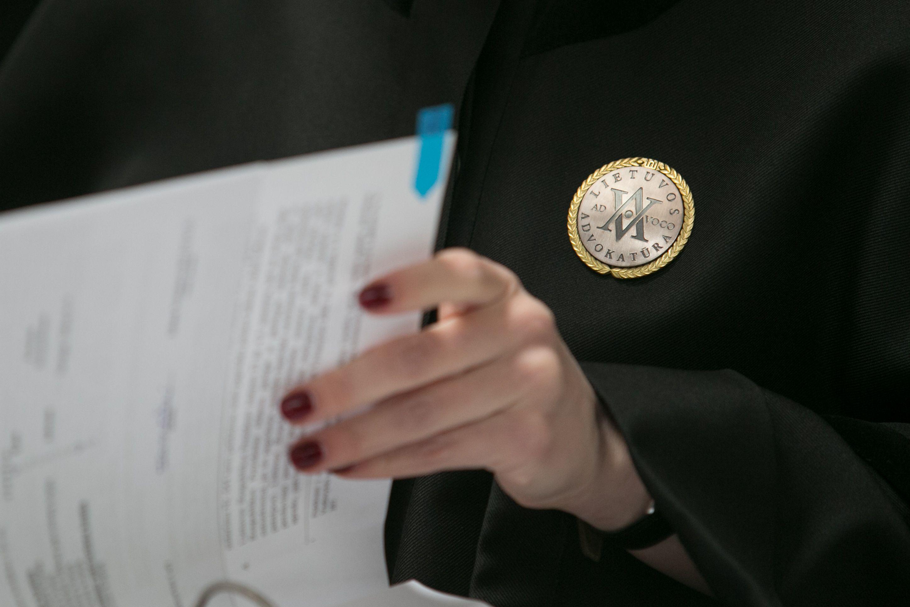 Advokatai tiesia rankas į ES paramą: siekia pakeisti įstatymą