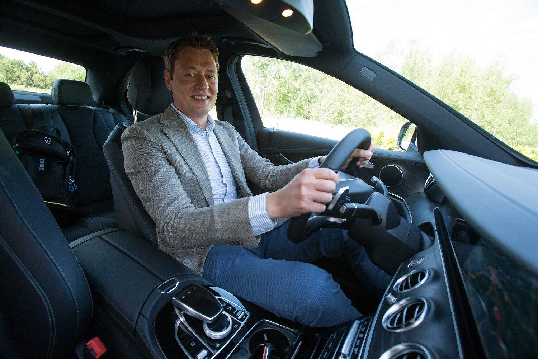 �Met� verslo automobilis�: prabangi ma�ina � lengviausias b�das parodyti status�