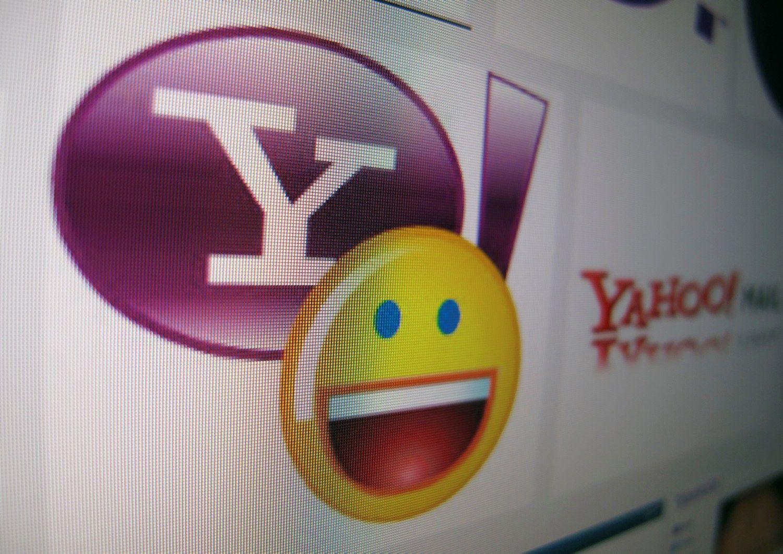 """Eilėje prie """"Yahoo"""" – dar du pirkėjai"""