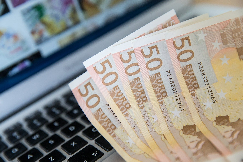 Nauji 50 eur� banknotai � pavasar�