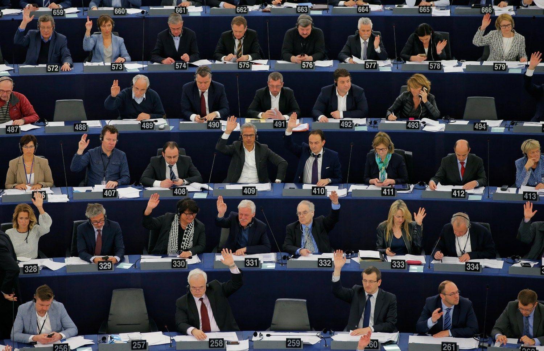 Europa: Permainos bus nuolatin�s ir skausmingos