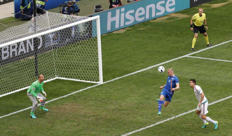 Naujokė Islandija dar vienas varžybas baigė lygiosiomis