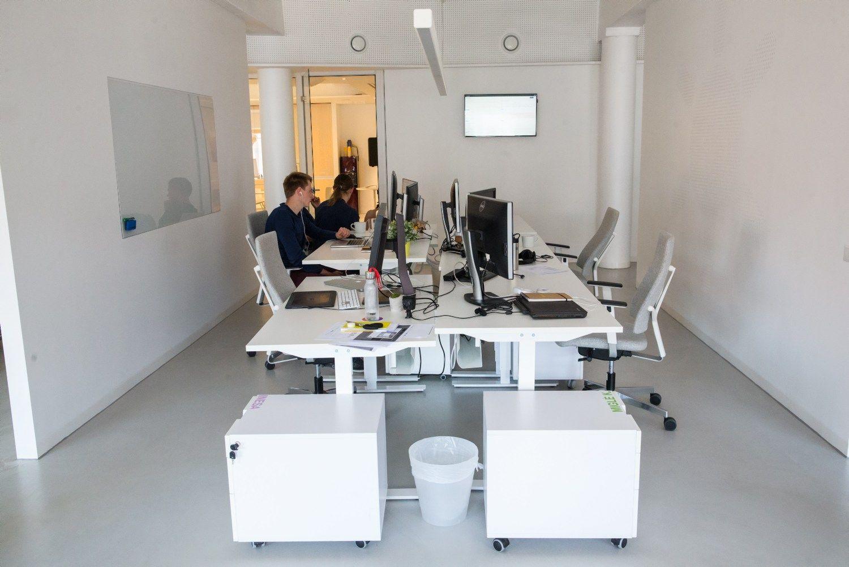 Darbo kodeksas vadov� ir savinink� akimis: giria atostog�, atleidimo tvarkas