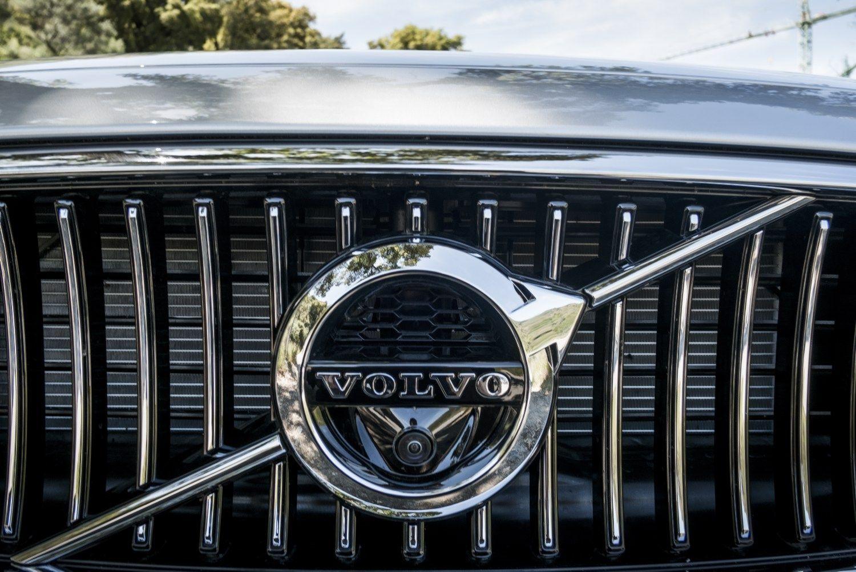 �ved� �Volvo� ir kin� �Geely� nori bendr� pavar� d��i�, varikli� ir sistem�