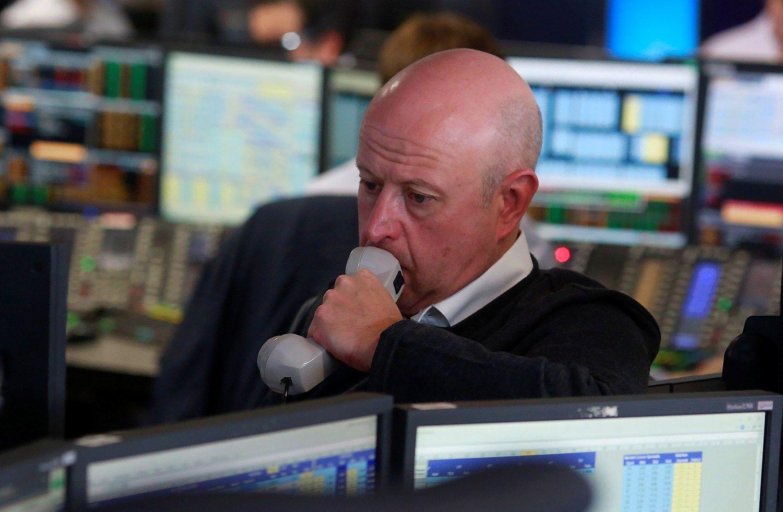 Pasaulin� rinka prarado 2 trln. USD vert�s