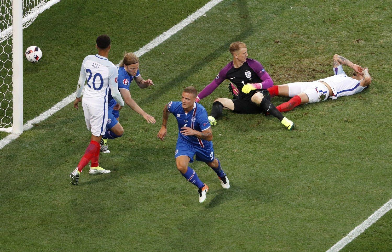 T�siasi islandi�kas stebuklas: Anglija krito 2 - 1
