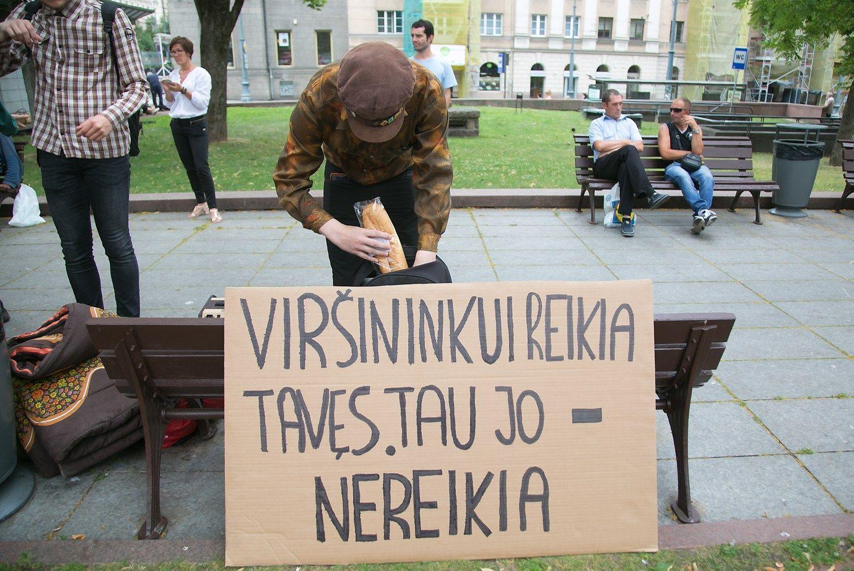 Prie Vyriausyb�s � protestas d�l naujo Darbo kodekso