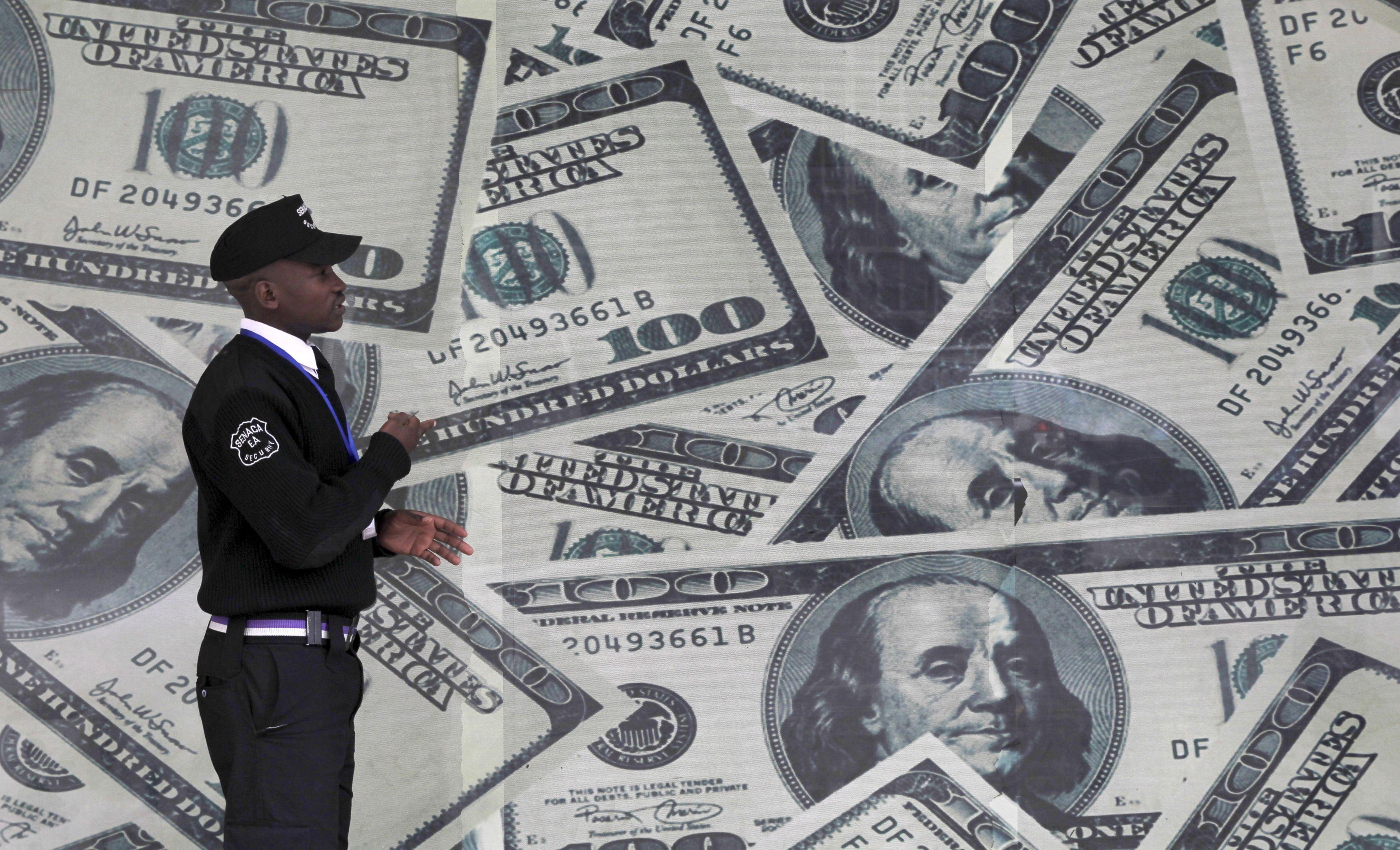 TVF d�lioja ekonomin� darbotvark� naujam JAV lyderiui