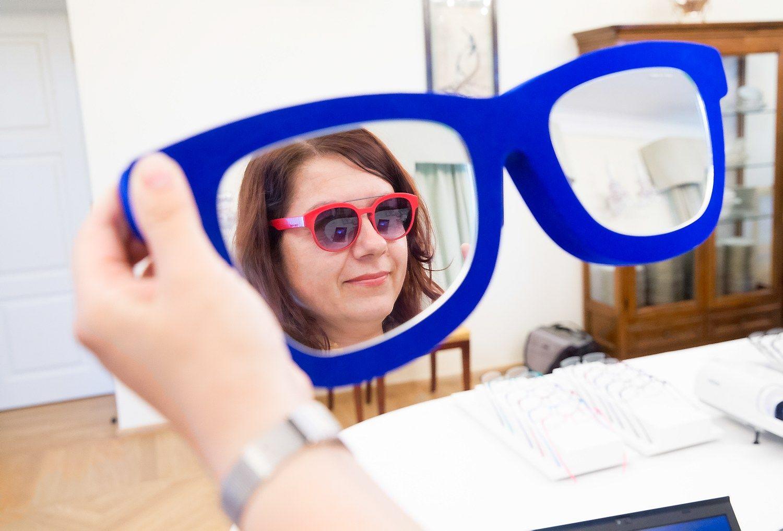 Optikoms � ro�inis periodas, bet gr�sm� kelia darbuotoj� kaita