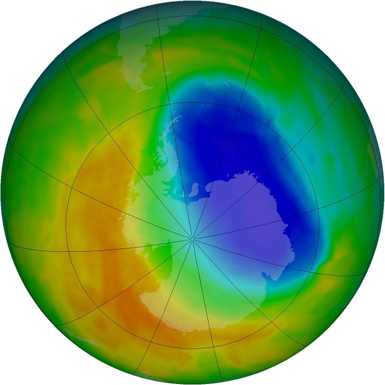 Ozono skyl� vir� Antarktidos �sveiksta�