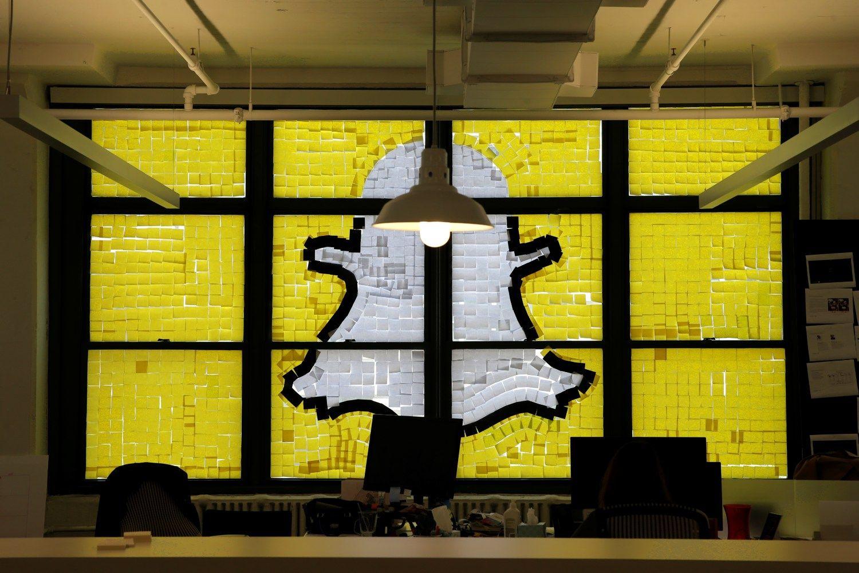 """""""Snapchat"""": kas tai ir kodėl paaugliai eina iš proto"""