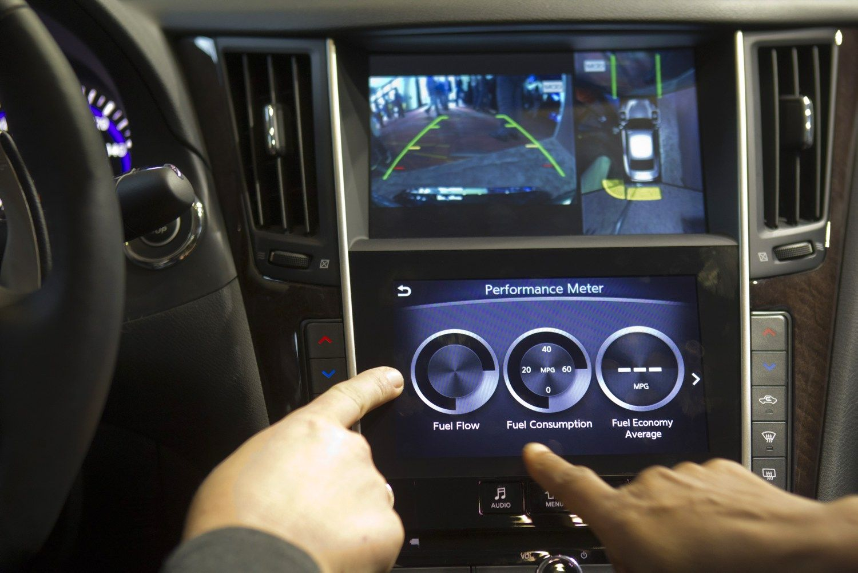 """LG ir """"Volkswagen"""" kuria išmaniąją sistemą automobiliams"""