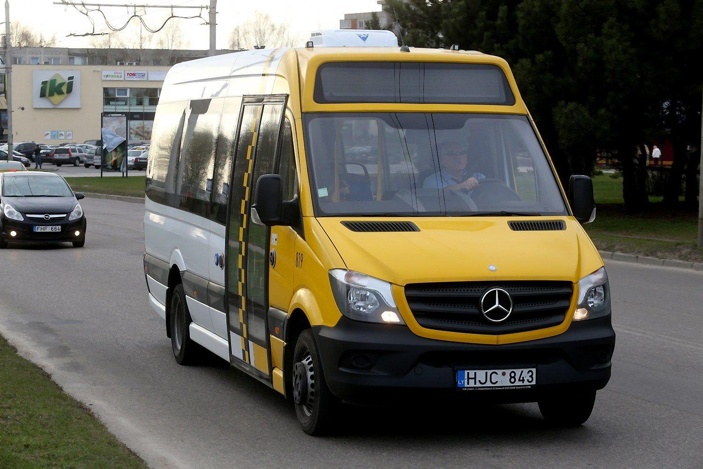 �Daimler� gelbsti autobusiukai