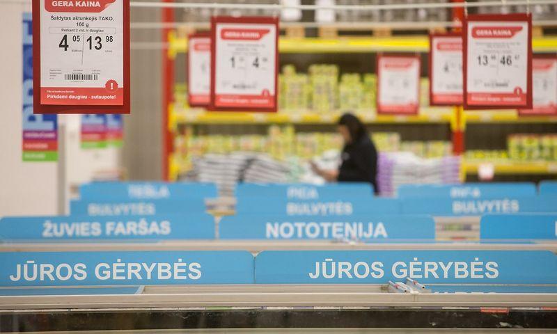 Tiksliai galutiniame prekybos taške nustatytų perpardavimo kainų palaikymas yra draudžiamas, tačiau ir maksimalios bei rekomenduojamos perpardavimo kainos yra susijusios su tam tikrai rizika. Juditos Grigelytės (VŽ) nuotr.