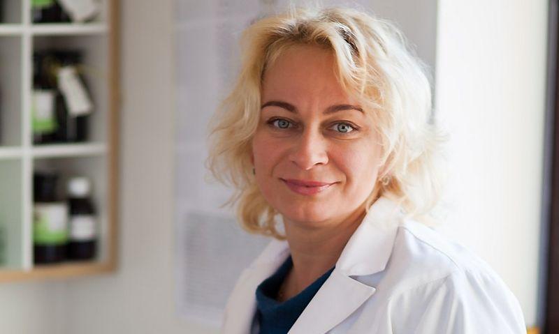 Gydytoja Irina Karpova įsitikinusi, kad tik sąveikaudamos tradicinė ir natūrali medicina duos geriausią rezultatą.  Asmeninio archyvo nuotr.