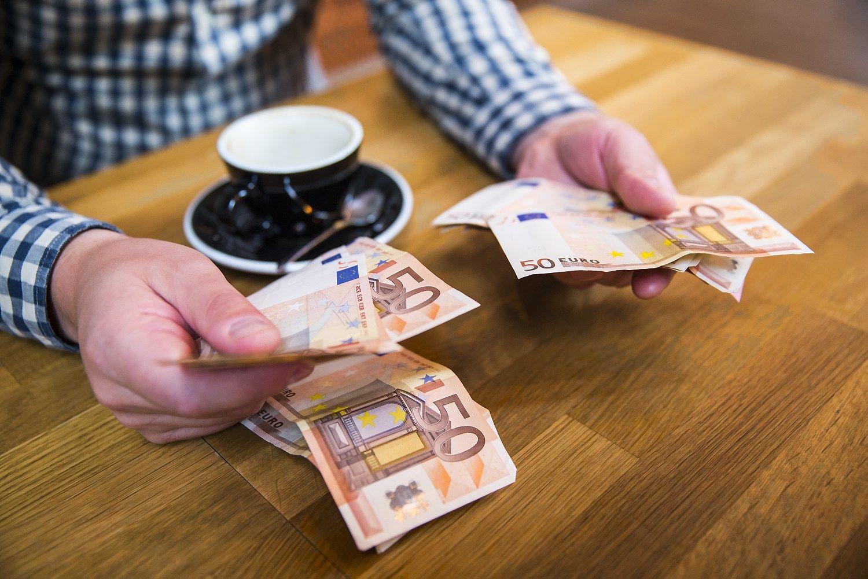 Kritikuoja dar nepriimtą sutelktinio finansavimo projektą