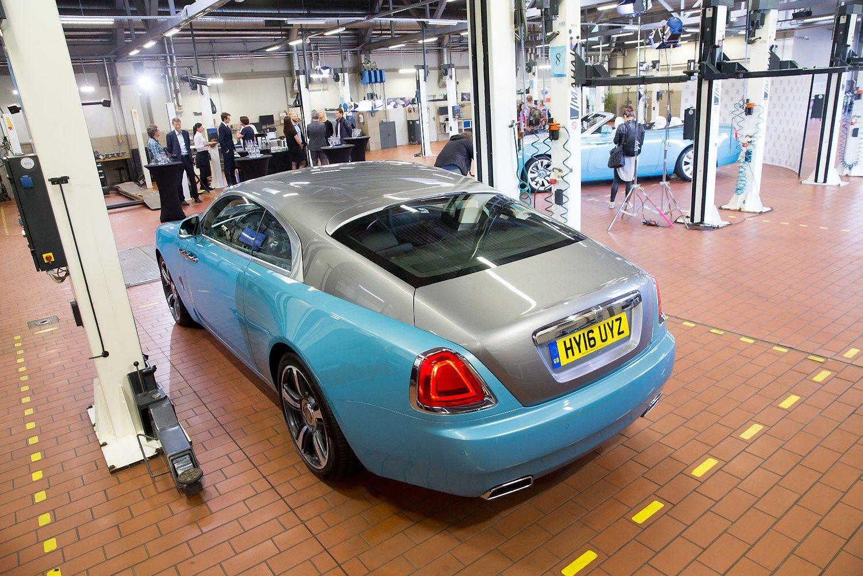Vilniuje atidarytas vienas i� �e�i� Europoje �Rolls-Royce� servis�