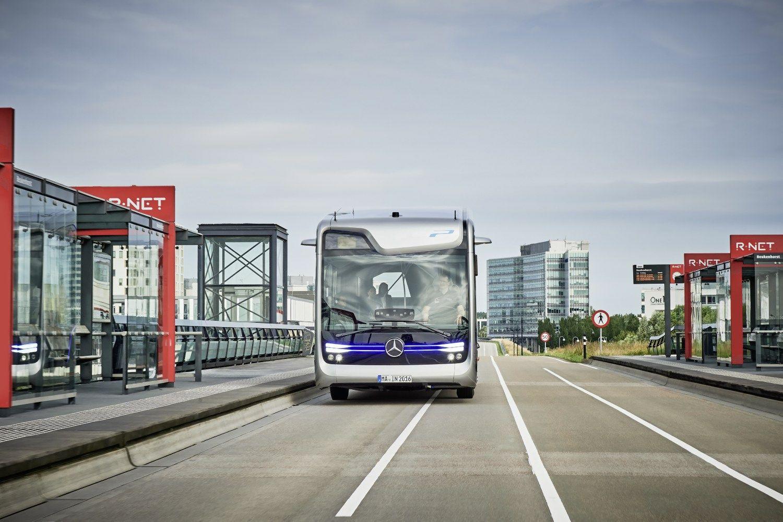 �Mercedes-Benz� bando savavald�ius autobusus