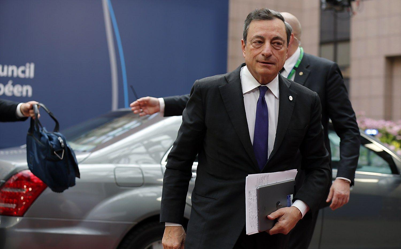 ECB nepakeit� pal�kan� norm�