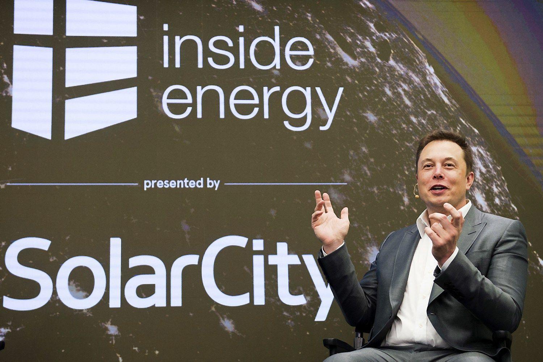 Elonas Muskas pristat� �ad�t� didij� plan� �Teslai�