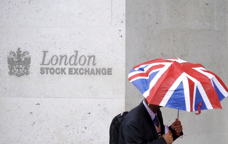 D�l �Brexit� pasaulin� susijungim� ir �sigijim� rinka gali netekti 1,6 trln. USD