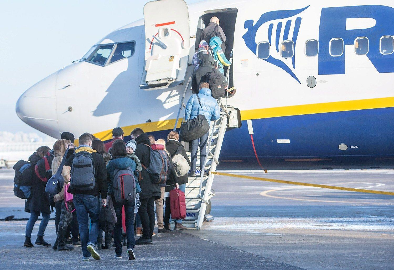 Emigrant� stabdymo planas: tik devizai, jokio turinio