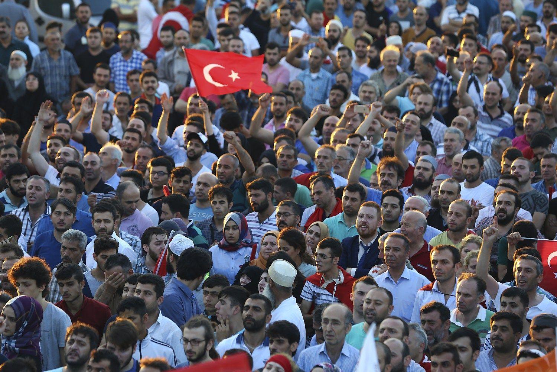 Turkijoje u�daromos de�imtys �iniasklaidos priemoni�