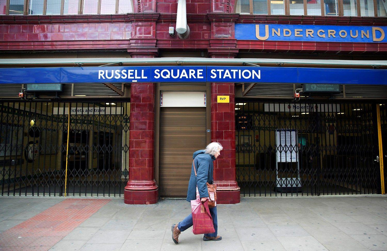 Londono centre peiliu ginkluotas jaunuolis surengė ataką