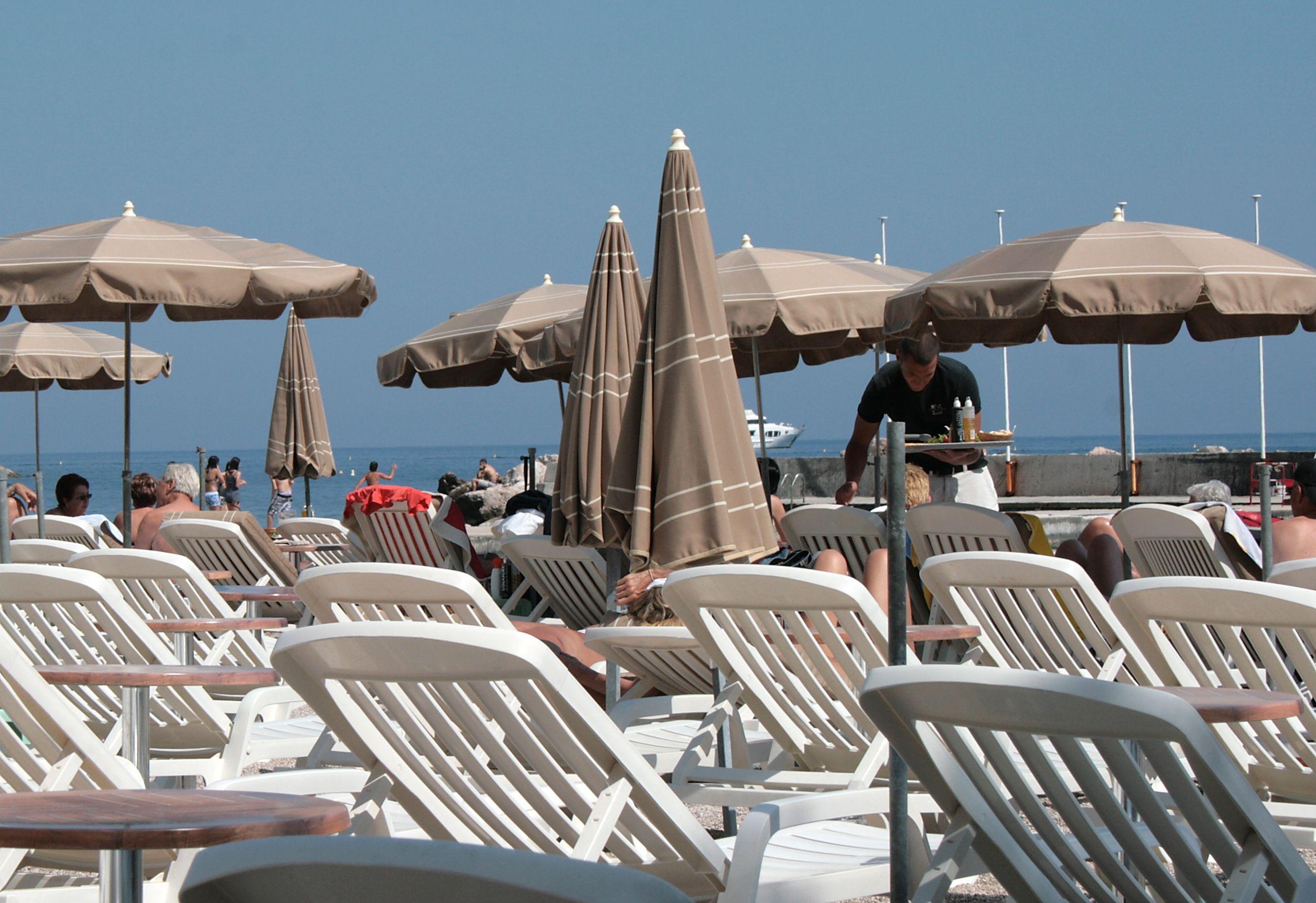 Keitimosi informacija apie sąskaitas banga pasiekė Monaką