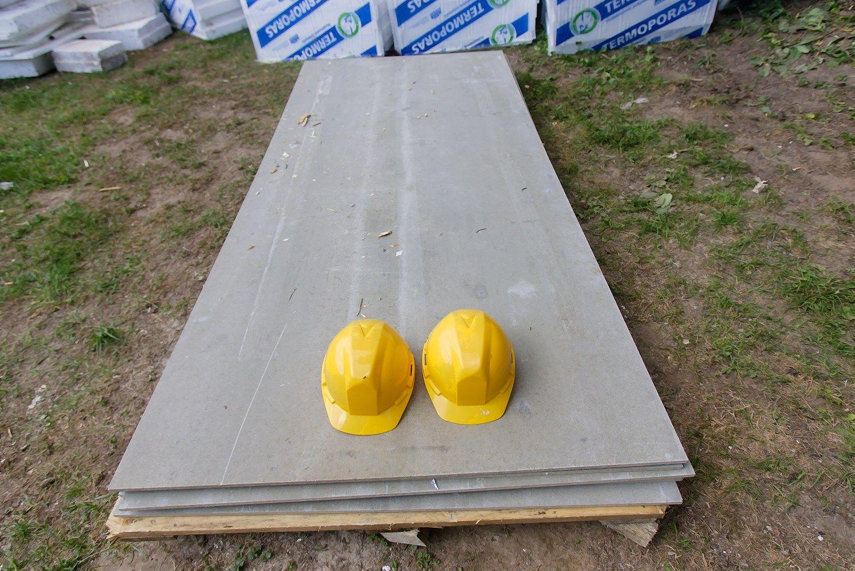 Statybos leidim� i�duota tre�daliu ma�iau nei pernai