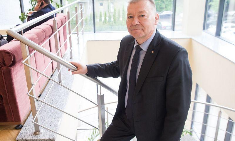 """Vytautas Grigaravičius, Alytaus meras, VŽ tvirtino negalįs išsamiau komentuoti, kodėl Alytaus savivaldybė nutarė pratęsti sutartį su """"Litesko"""", nes toks esą buvo pirmtakų sprendimas. Juditos Grigelytės (VŽ) nuotr."""