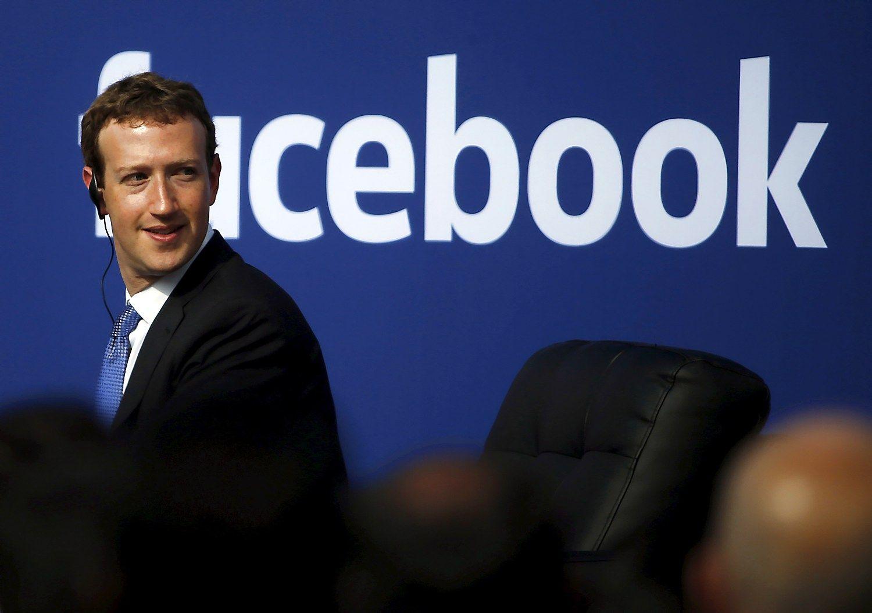 """Zuckerbergas parduoda """"Facebook"""" akcijų už 95 mln. USD"""
