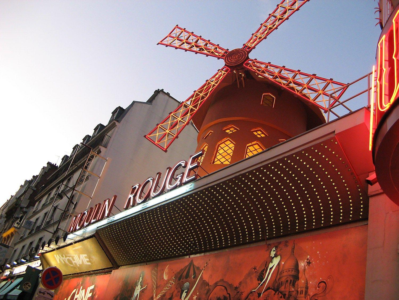 Pary�iuje � turizmo nuosmukis