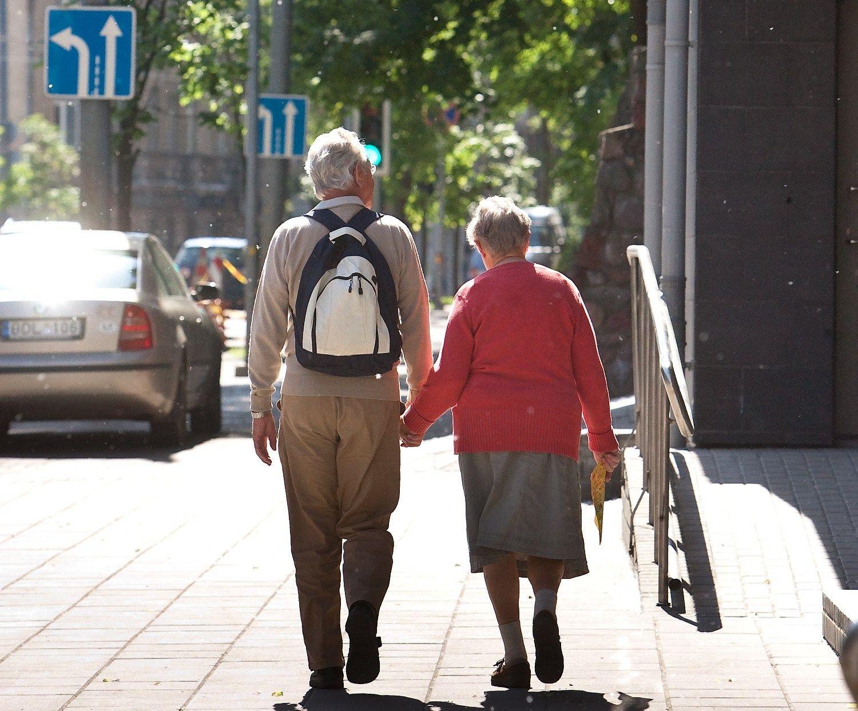 "Apklausa: dauguma pensijoje tikisi pragyventi iš ""Sodros"""