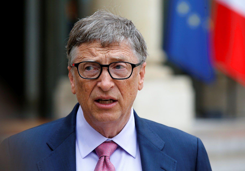Billo Gateso turtas perkopė 90 mlrd. USD