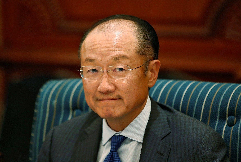 Pasaulio bankas veria duris antrai Jimo Yongo Kimo kadencijai