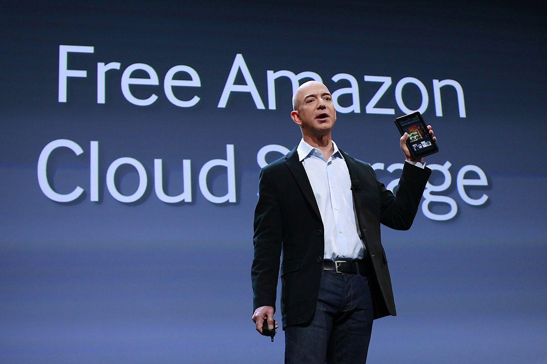 """Debesų kompiuterijos rinka generuoja 28 mlrd. USD pajamų, trečdalį pasiima """"Amazon"""""""