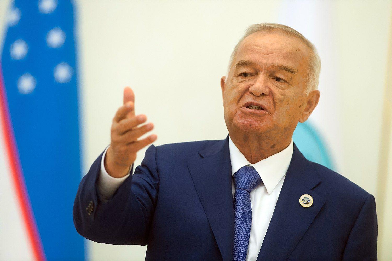 Uzbekistano diktatorius ��ligonin�je d�l kraujo i�siliejimo � smegenis